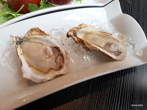 A close up of the PEI oysters.